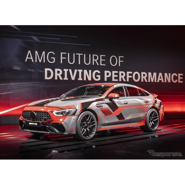 メルセデスベンツの高性能車部門のメルセデスAMGは3月31日、メルセデスAMG『GT 4ドアクーペ』の新グレード...