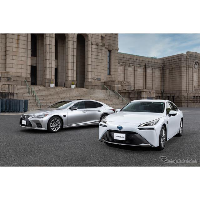 トヨタ自動車は4月8日、オンラインで高度運転支援技術の説明会を開き、システムによる車線変更などの新機能...