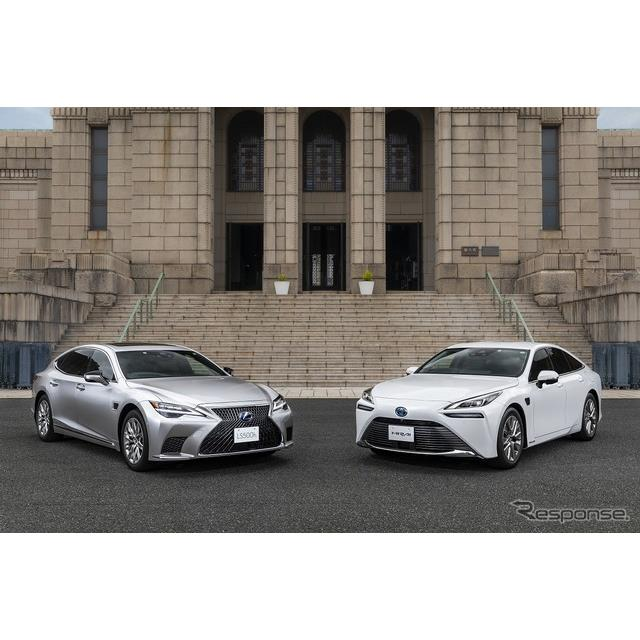 トヨタ自動車は、一定条件下でのハンズフリー走行などを実現する高度運転支援技術「アドバンスド ドライブ...