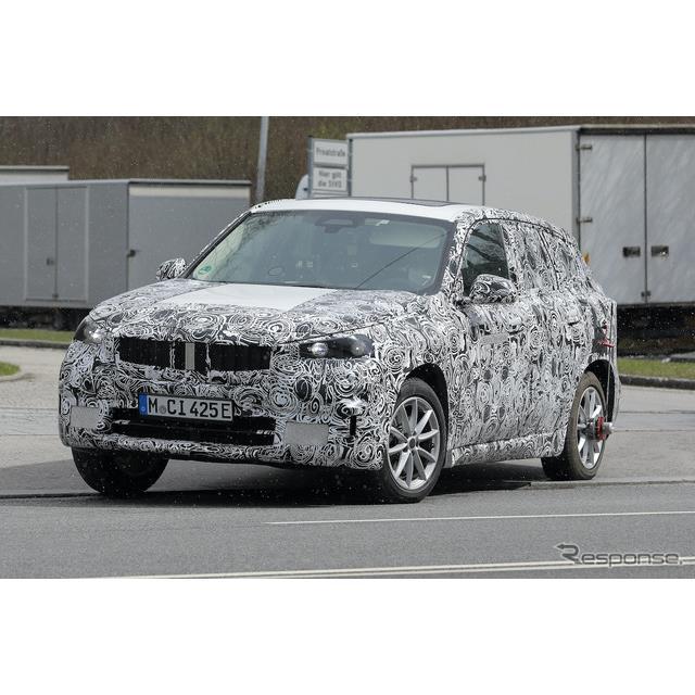 BMWは、2020年7月に主力クロスオーバーSUV『X3』のEVモデルとなる『iX3』を発表したが、BMWの最小SUVである...