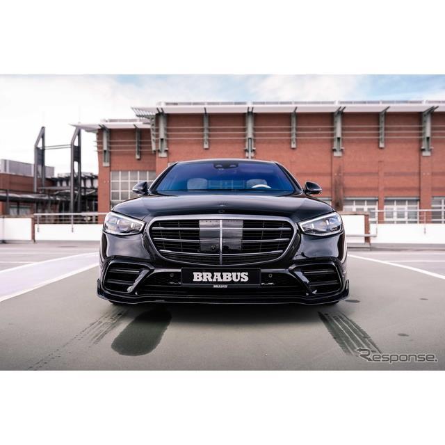 ブラバスは4月15日、新型メルセデスベンツ『Sクラス』のカスタマイズモデル、ブラバス『500』(BRABUS 500...