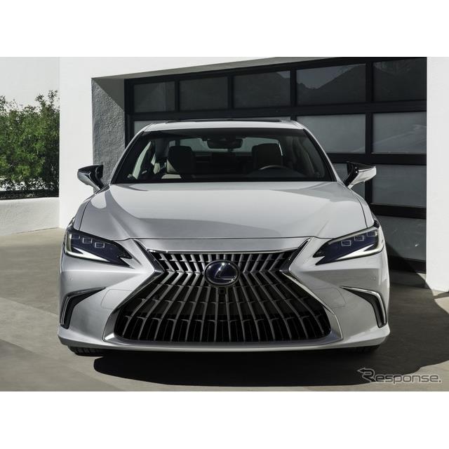 レクサス(Lexus)は4月19日、中国で開幕した上海モーターショー2021において、改良新型『ES』を初公開した...