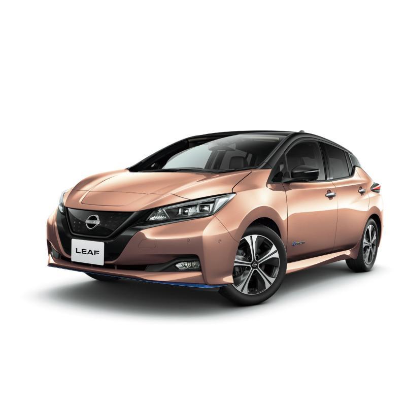 日産自動車は2021年4月19日、電気自動車「日産リーフ」の一部仕様を変更するとともに新グレード「アーバン...