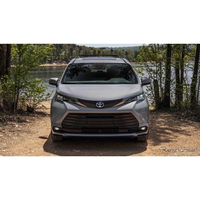 トヨタ自動車の米国部門は4月27日、新型『シエナ』(Toyota Sienna)に「ウッドランドエディション」を設定...