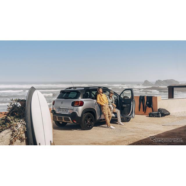 グループPSAジャパンは、人気のコンパクトSUV、『C3エアクロスSUV』に特別仕様車「C3 AIRCROSS SUV SURF ED...