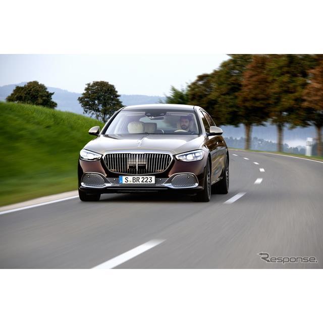 メルセデスベンツは5月18日、新型メルセデスマイバッハ『Sクラス』(Mercedes-Maybach S-Class)にV型12気...