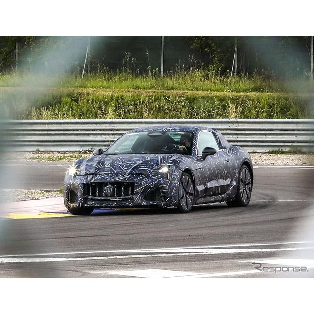 マセラティ(Maserati)は6月11日、次期『グラントゥーリズモ』のプロトタイプ車の写真を公開した。  グ...