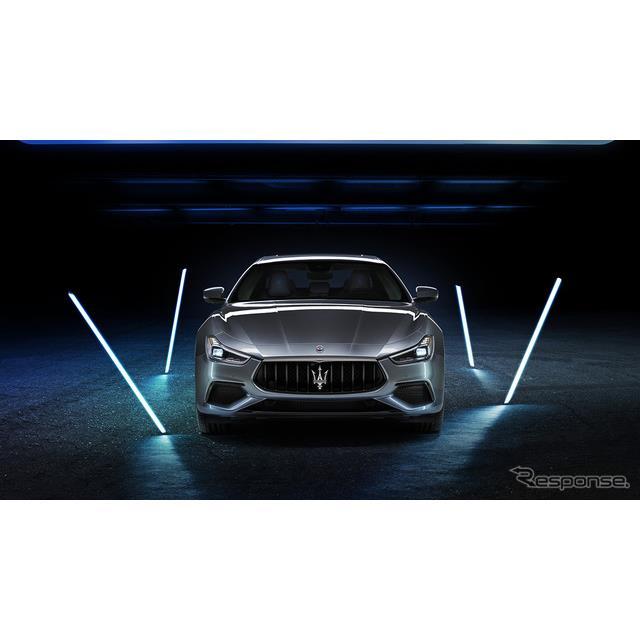マセラティジャパンは、初の電動化モデル『ギブリ ハイブリッド』を正規ディーラーショールームでの展示に...