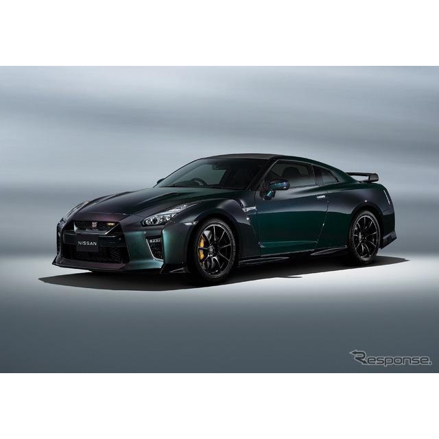 日産自動車は9月14日、『GT-R』2022年モデルと、特別仕様車『GT-R Pプレミアムエディション T-スペック』、...