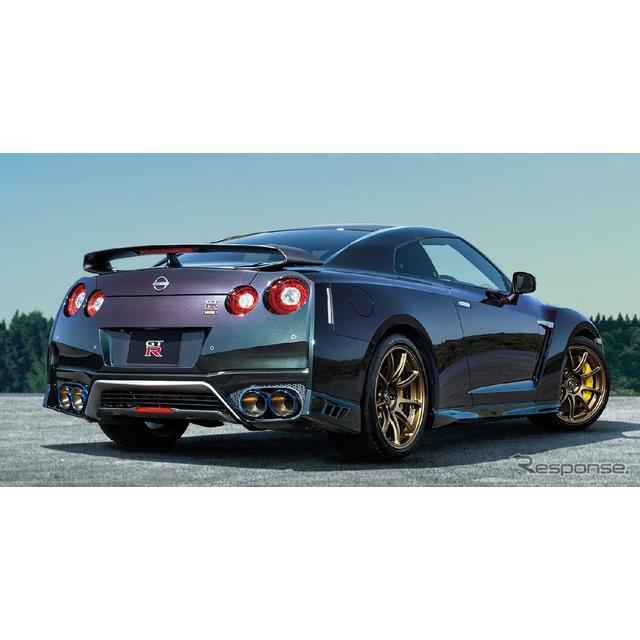 日産自動車(Nissan)の米国部門は9月14日、『GT-R』の「T-spec」を今冬、北米市場に少量限定導入すると発...