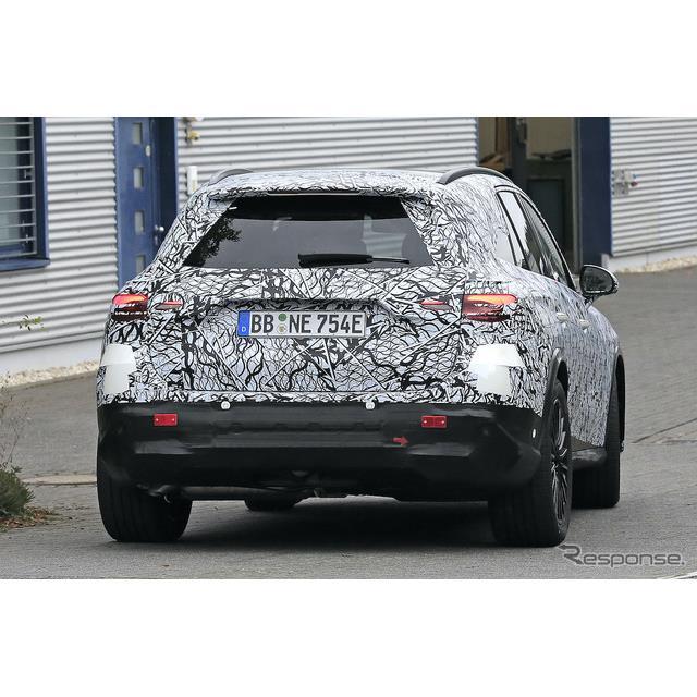 メルセデスベンツの主力SUVの一台となった『GLC』が、間も無くフルモデルチェンジを迎えるようだ。最新プロ...