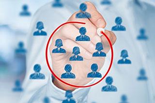顧客管理や営業支援を強化するなら、名刺管理から始めよう!CRM・SFA機能を備える名刺管理サービス5選