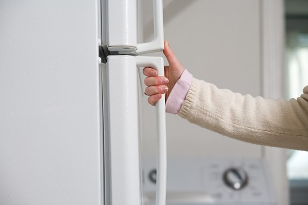 冷蔵庫の開閉時間は短くする