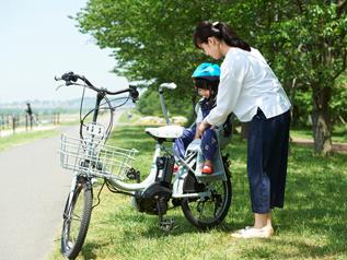 子供を乗せるなら、専用装備の選択も必要