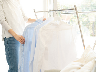 PM2.5などで部屋干し派が増加、衣類乾燥機能を要チェック