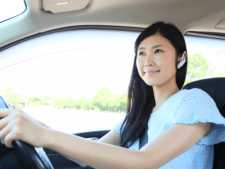 スマートフォン通話(運転中、移動中、家事中など)