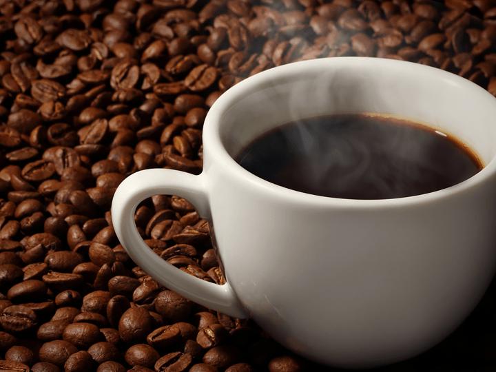 挽きたてのコーヒー豆で淹れる