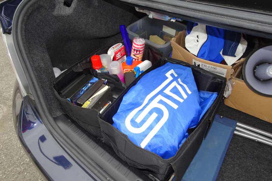 一車に一台! 「折りたたみ式収納ボックス」で荷室を整理整頓〜♪