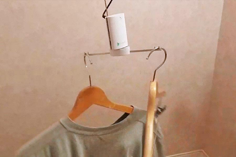 """部屋干しでもすぐ乾く! 洗濯物を""""クルクル回す""""携帯乾燥機に驚き"""