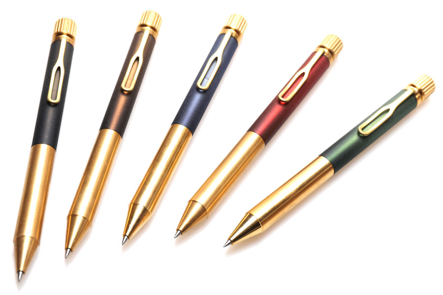真鍮×アクリルの軸が渋すぎ! サクラクレパスがこだわり尽くした珠玉のボールペン