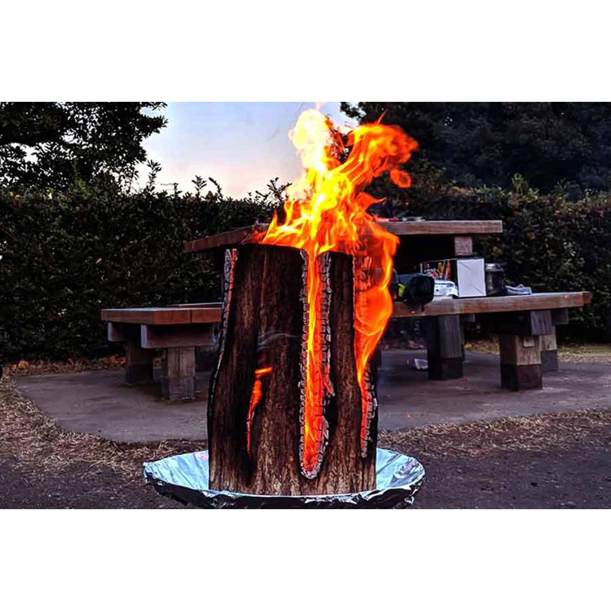 丸太を使った伝統の焚き火「スウェーデントーチ」が冬のキャンプに最適!