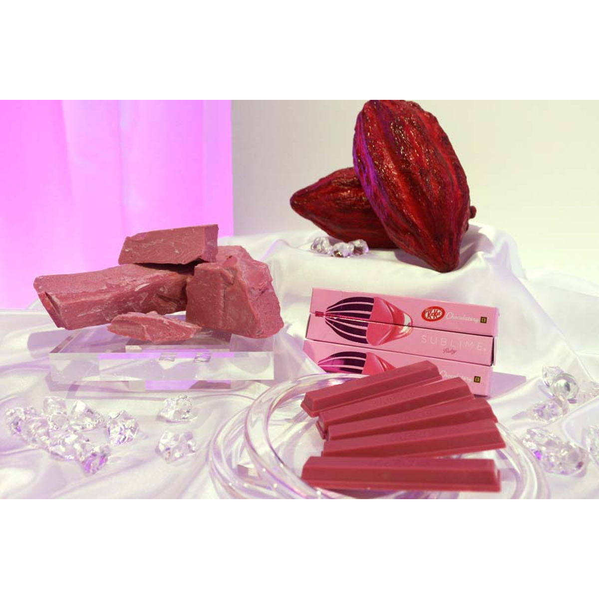 """その名も""""ルビー""""! 天然のピンク色とベリー風味が不思議なチョコレートを食べてきた"""