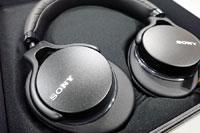 ソニー最新ヘッドホン「MDR-1AM2」は買いか?  装着感や音質を旧モデルと徹底比較