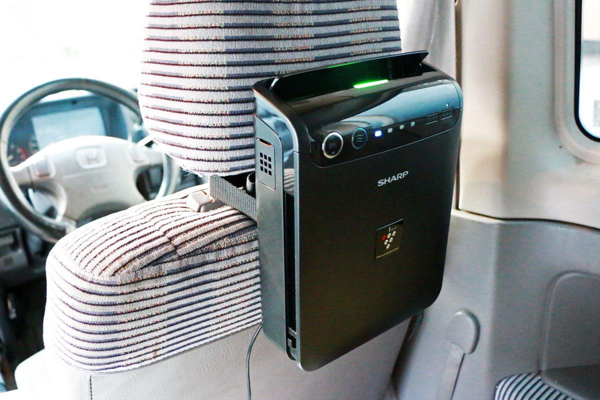 花粉対策にも! フィルターを搭載したシャープの車載用イオン発生機で自動車が快適に!!