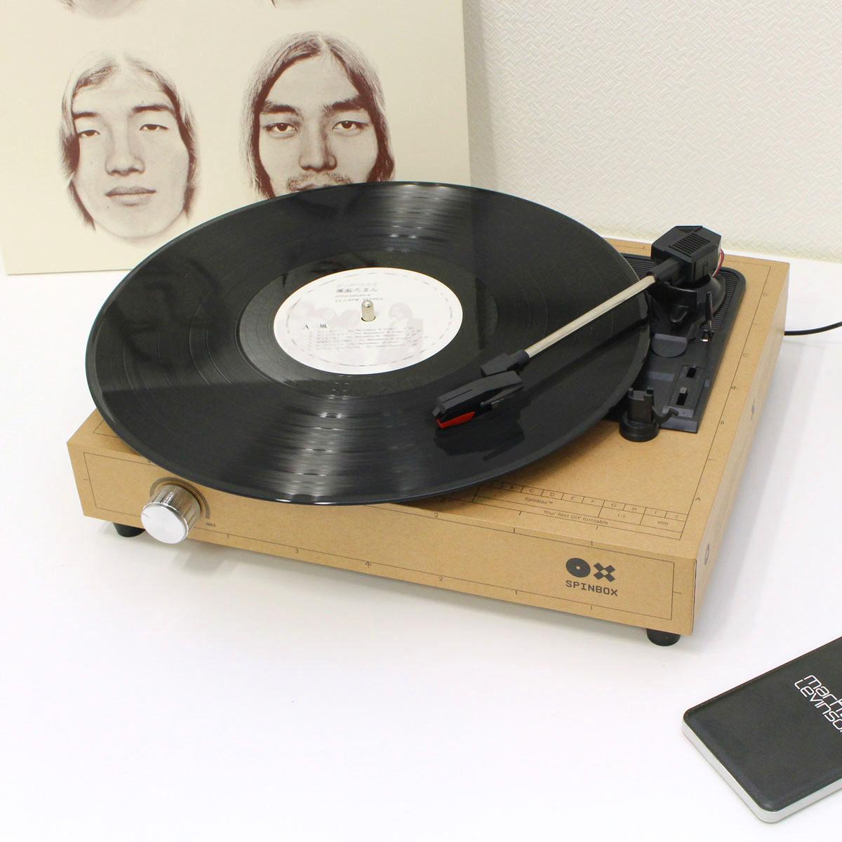 超楽しい! 紙で組み立てるレコードプレーヤー「SPINBOX」を作ってみた