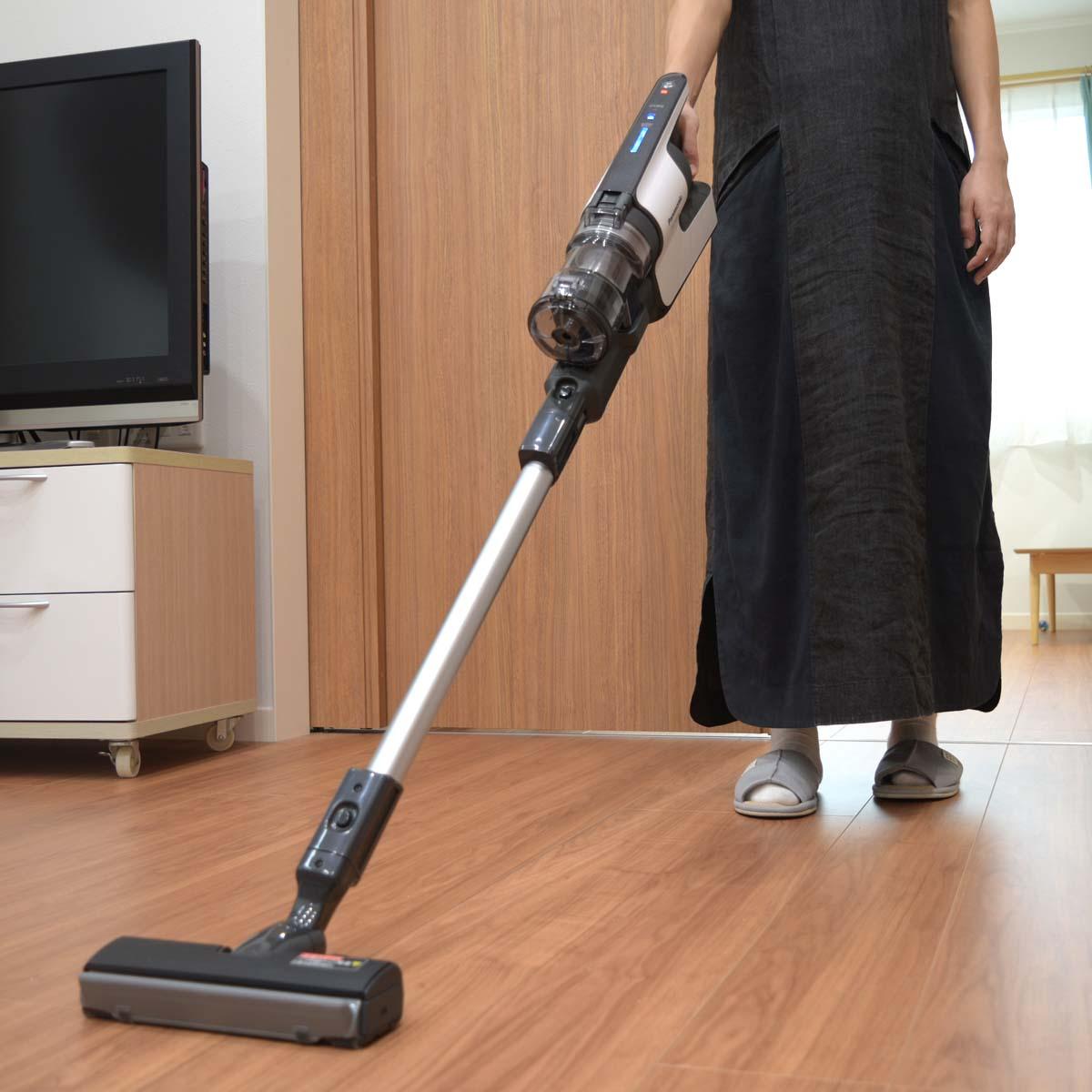 パナソニック「パワーコードレス」に、コードレススティック掃除機の理想を見た!