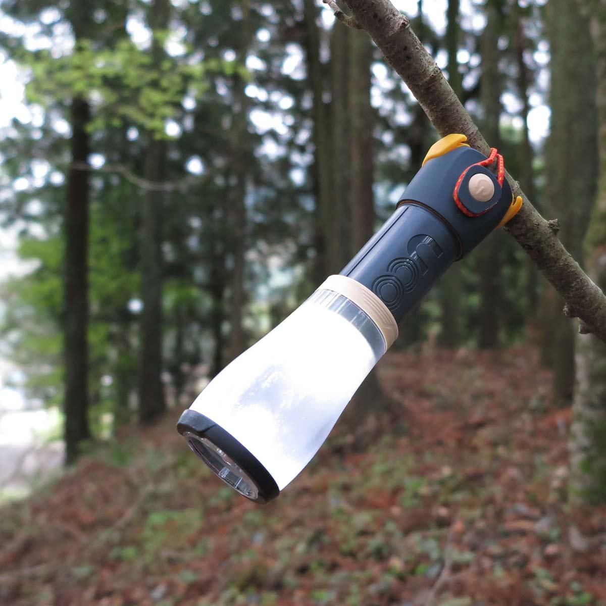 登山での実用性は? ランタンにも懐中電灯にもなる「ハイアックランタン+フラッシュライト」