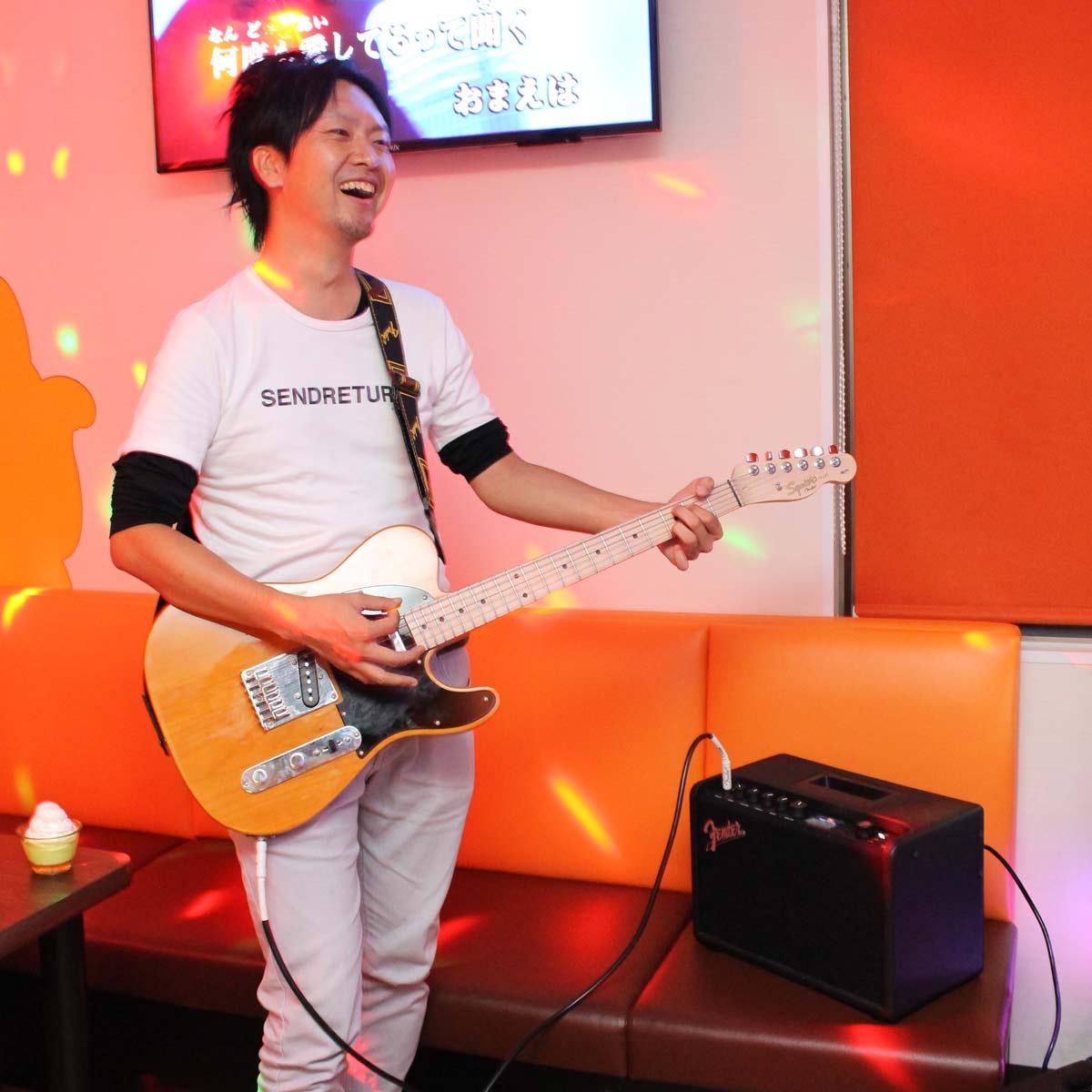 神サービス! Fenderのアンプ&ギターを無料貸出するカラオケ「まねきねこ」に行ってみた