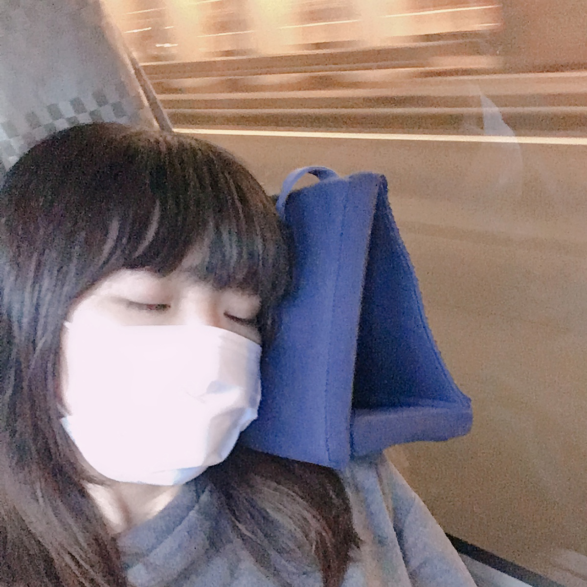 長距離移動でウトウト…「うたた寝用」の枕でぐっすり眠りましょうzzz