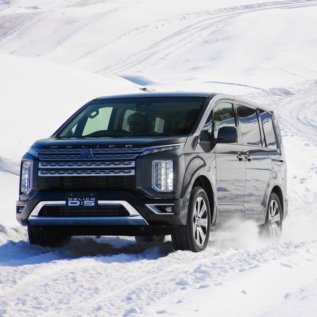 雪上試乗でわかった!新型「デリカD:5」驚くべき走行性能の進化