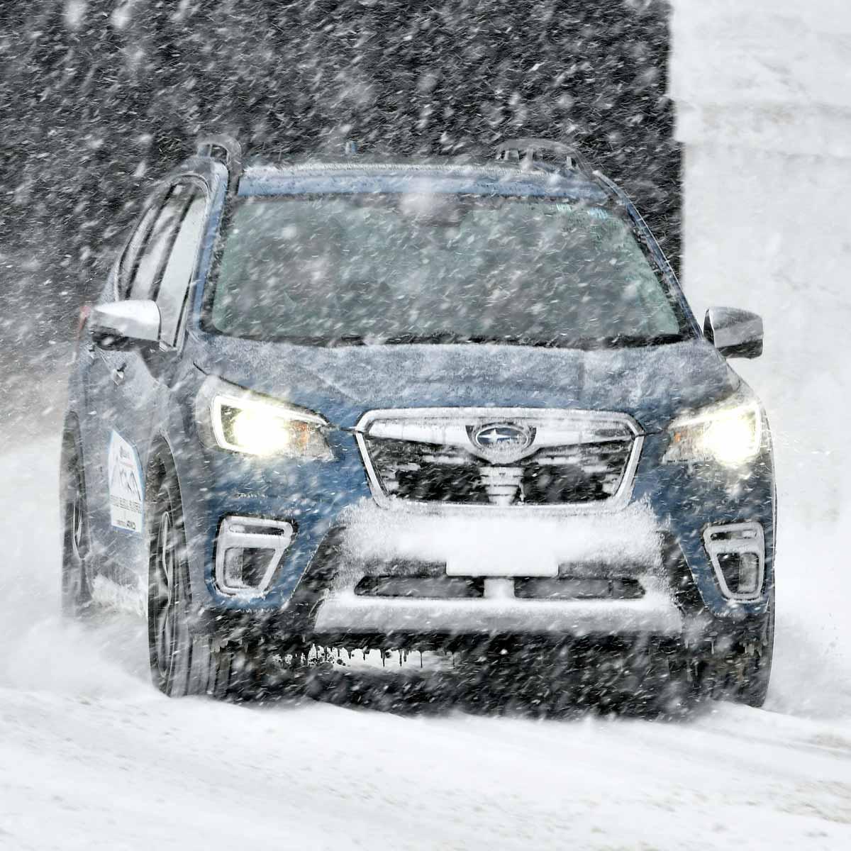 本当に雪上!?スバル「フォレスター アドバンス」豪雪でも安定感は抜群!