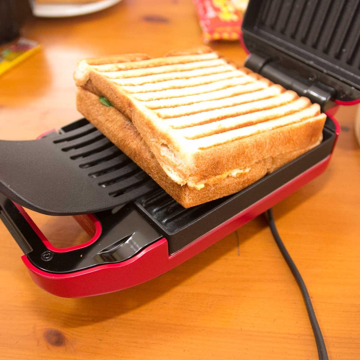 """食パンがごちそうに! ミミまでイケる""""厚焼き""""ホットサンドメーカー「gooood」"""