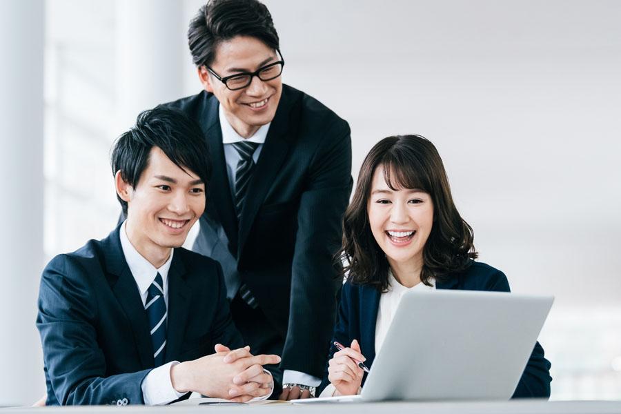 員 会社 【かんたん図解】執行役員とは?会社法で定められた取締役・執行役・役員との違いと設置方法