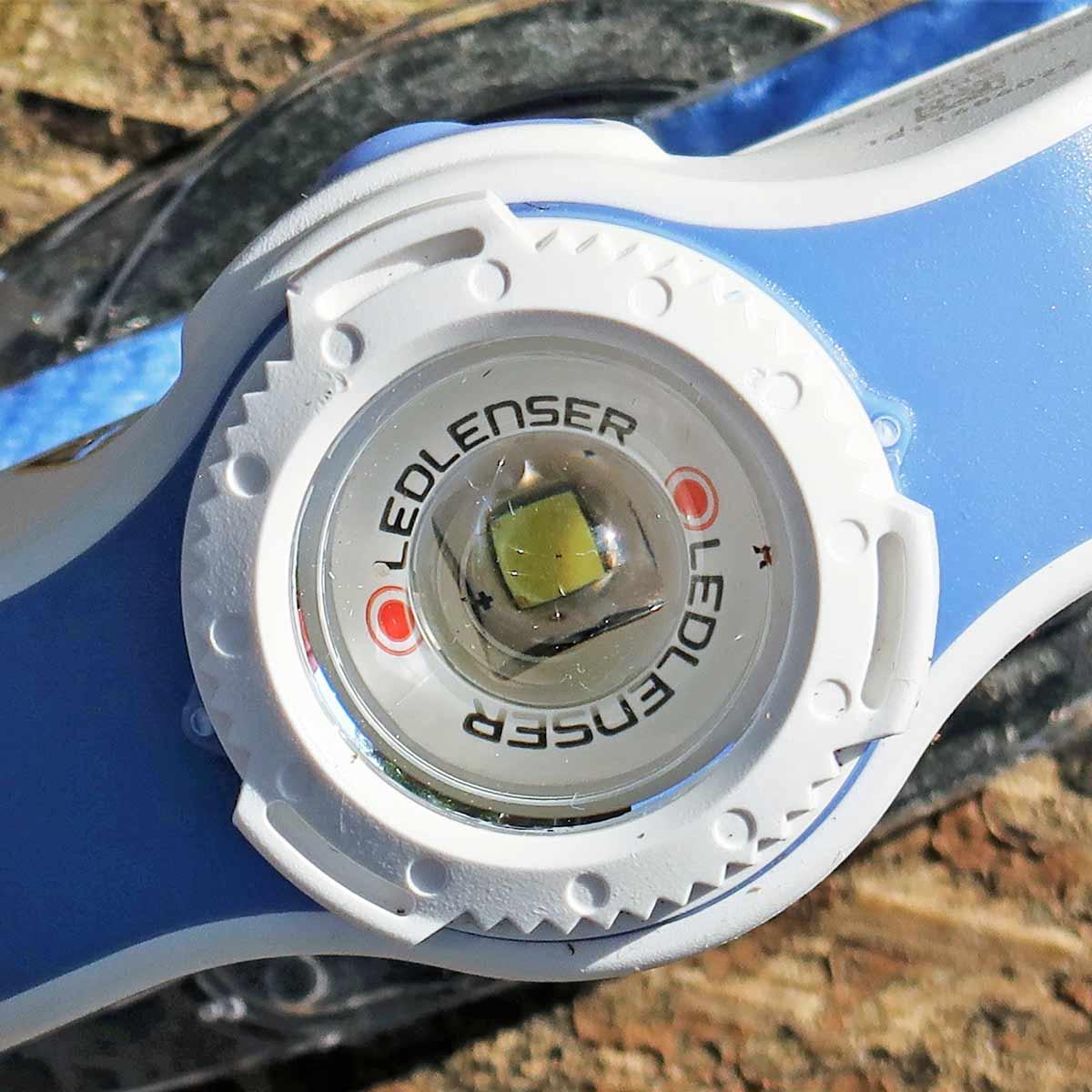 さすがレッドレンザーのヘッドランプ! 照射範囲や距離を変えられる「MH5」は納得の完成度!!