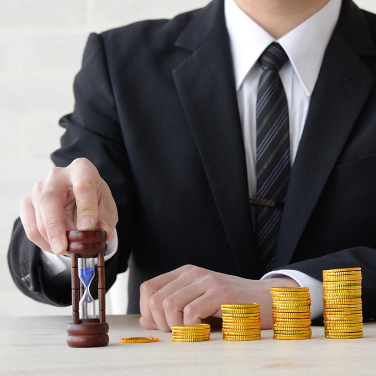 高値づかみのリスクを分散する初心者向け投資法「ドルコスト平均法」の長所と弱点とは?