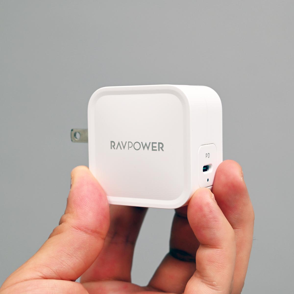 61W出力対応でこのサイズはヤバい! RAVPowerのコンパクトUSB充電器「RP-PC112」が魅力的