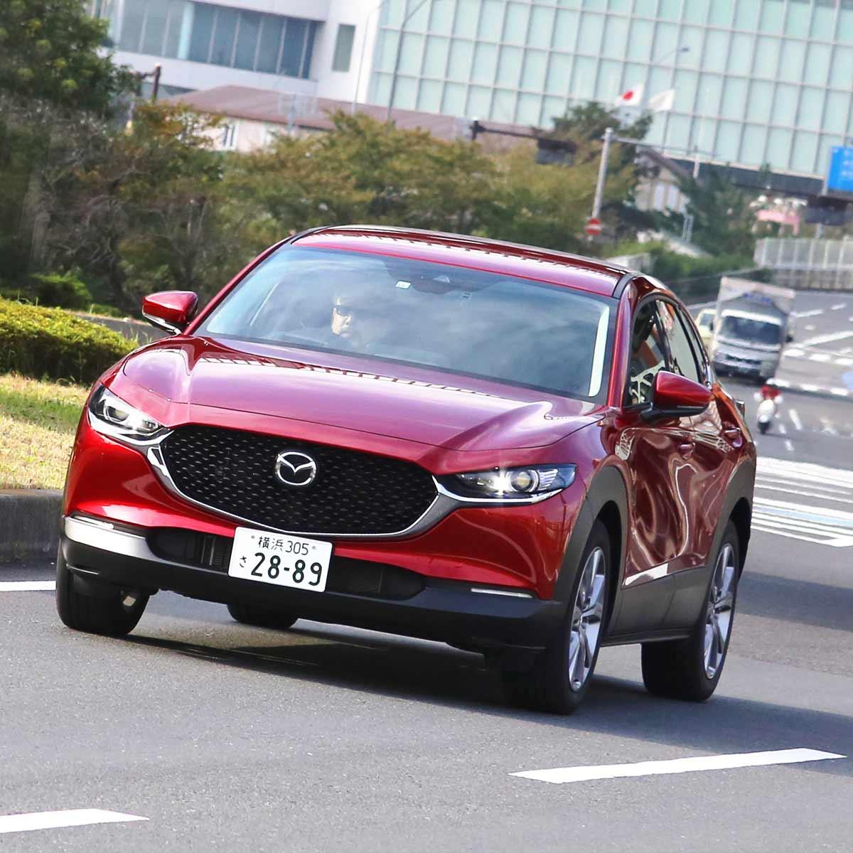 マツダ 新型「CX-30」ガソリンとディーゼルに試乗!抜群の静粛性と乗り心地のよさが魅力