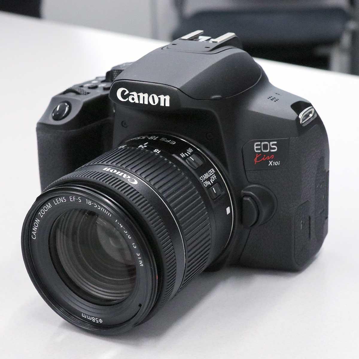 キヤノンが「EOS Kiss X10i」を発表! 全画像自動転送の新サービス「image.canon」も
