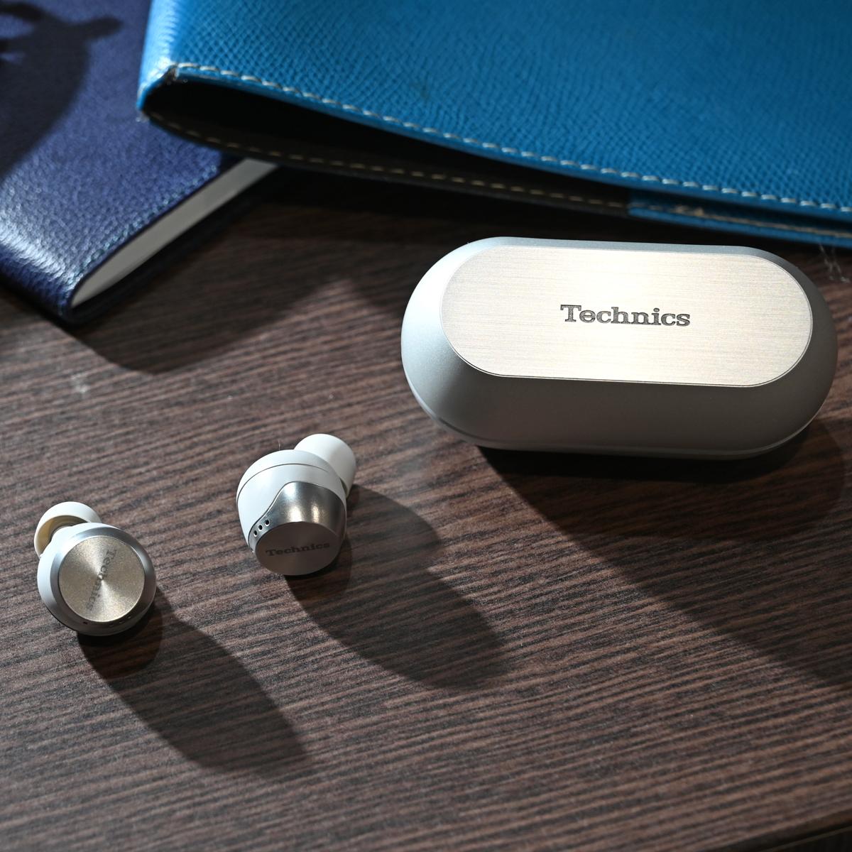 Technicsブランド「EAH-AZ70W」など、パナソニックが初の完全ワイヤレスイヤホンを一挙3モデル発表