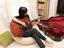 自分でできる防音の工夫!家でピアノやギターを弾くときに気を付けたいこと