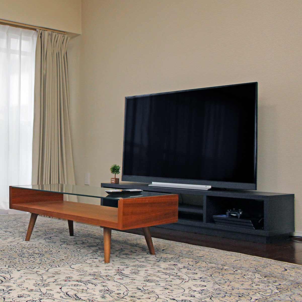 4Kテレビの適正インチ数と視聴距離を解説! 部屋に合わせたテレビ設置のコツ