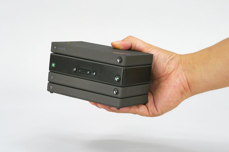 「ThinkPad Stack」は重ねて使うスグレモノ! スマホやタブレットでも使える