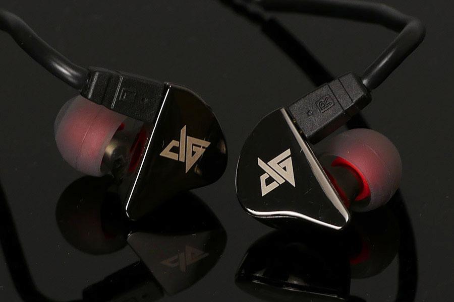 リケーブルもできるイヤモニ風の低価格イヤホン「Auglamour R8」を聴いてみた!