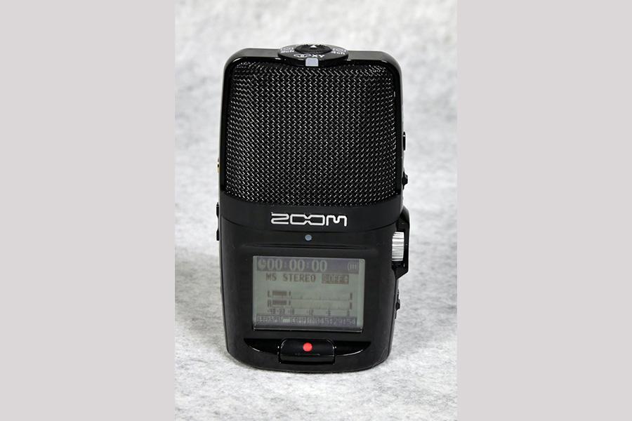 現役バリバリ、使い出のあるレコーダー ZOOM H2n