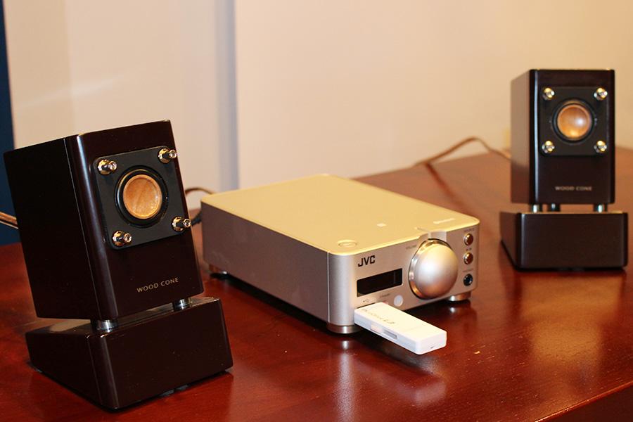 JVC、デスクトップサイズの小型コンポ「EX-NW1」を12月中旬より発売!