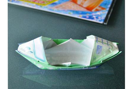紙の舟を湯船にチャポン! 子どもをがっかりさせない折り紙